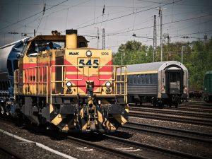 locomotive-1399080_960_720[1]