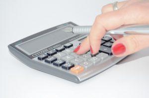 calculator-428294_960_720[1]