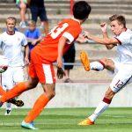 Fotbalová přehlídka budoucnosti začíná, sledovat ji bude i Jan Suchopárek
