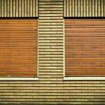 Stínící prvky na dům v podobě venkovních žaluzií a rolet zvyšují komfort bydlení