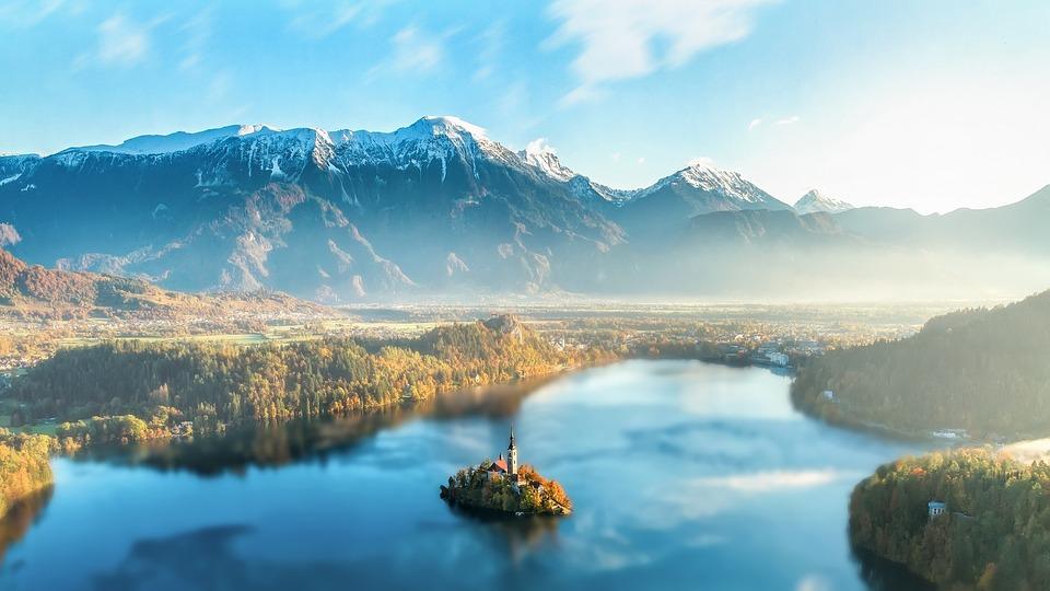 Kranjska Gora lyžování, Slovinsko - lyžovačka