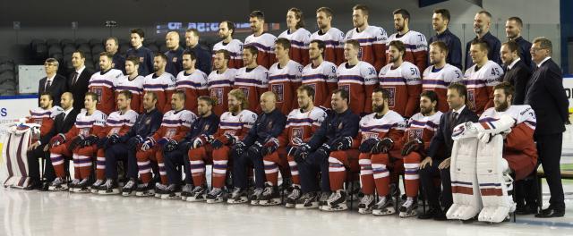 Oficiální, týmové foto, hokejisté, reprezentace, český národní hokejový tým, hokejista, sportovec---Czech Republic men's national ice hockey team, photo session